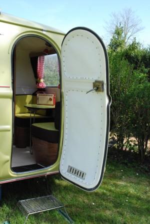 Caravane BOURGEOIS B 36